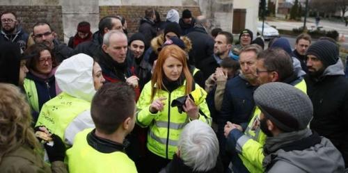 Gilets-jaunes-Ingrid-Levavasseur-insultee-et-chassee-du-cortege-parisien-dimanche.jpg