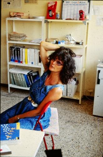 Belle ma Nicole au bureau 1991.jpg